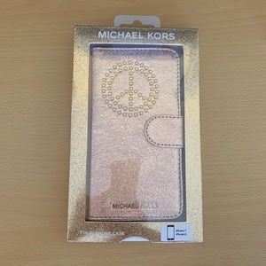 NEVER USED ROSE GOLD MICHAEL KORS IPHONE 7/8 CASE